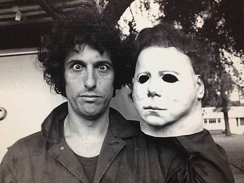 Nick Castle with his Michael Myers mask on the set of Halloween