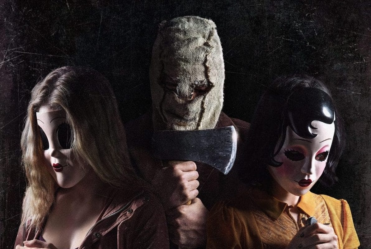 the strangers prey at night poster e1519592395134